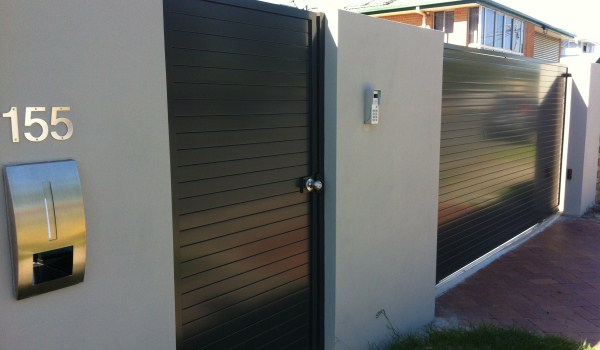 Automatic Gate Amp Intercom Installs May 2012