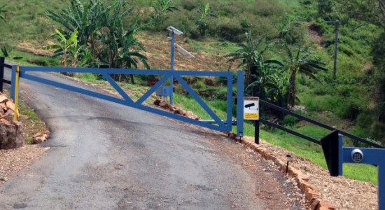 solar-powered-farm-gate-intercom-access-control