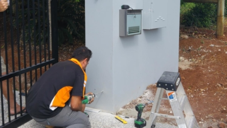 Alpha Gate Automation's chief installer Leo, at work in Terranora